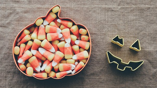 Don't Let Candy Haunt your Teeth this Halloween